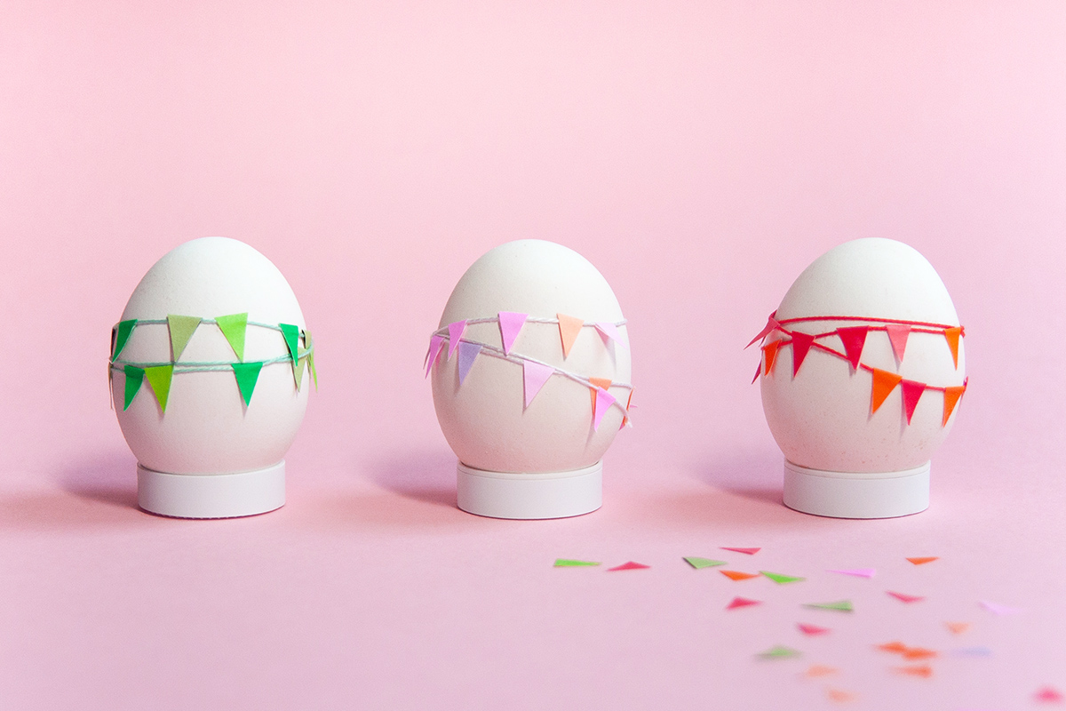 Mini Garland Easter Eggs Diy Yes We Made This