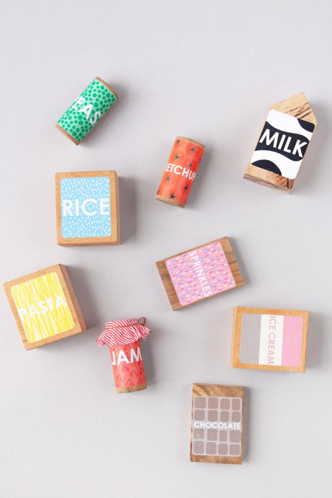 DIY Play food labels