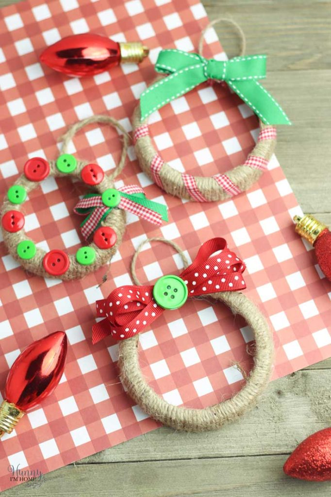 Mason Jar Lid Ornaments by Hunny I'm Home
