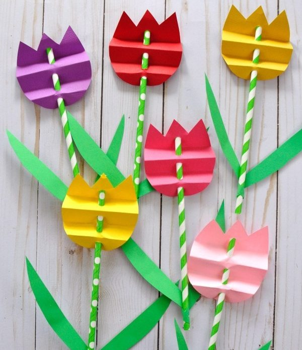 Paper Straw Tulips by I Heart Crafty Things