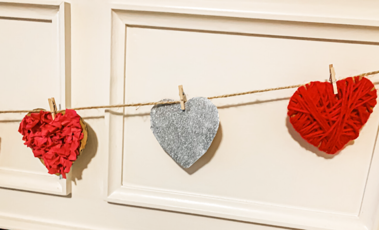 Textured Valentines Day Garland by the Keele Deal